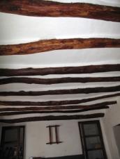 Livingroom rennovated beams