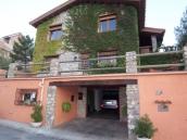 Villa for sale in La Zubia, Spain