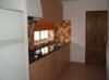 thumb_907_kitchen.jpg